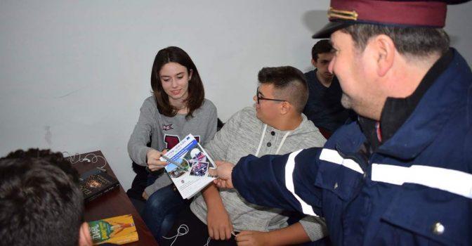 Vatrogasci dobrovoljci iz Rekaša bliže učenicima